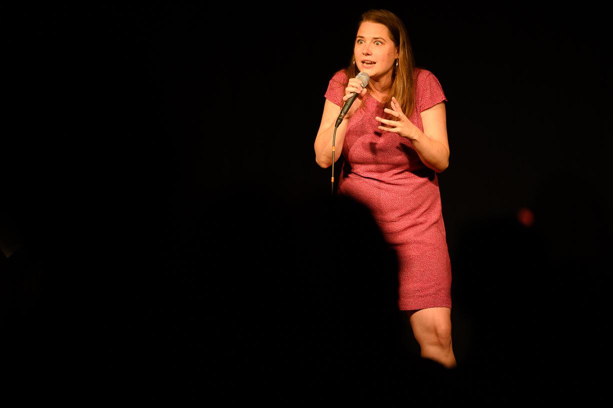 Isabel Meili mit Genug auf der Bühne KU.BA im Marchfeld (c) Robert Reiser